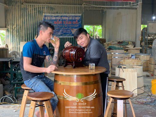 bàn thùng rượu gỗ
