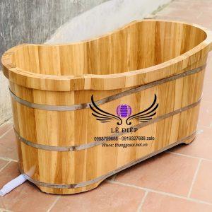 bồn tắm oval gỗ sồi