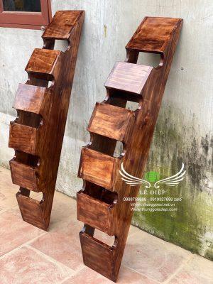 kệ đựng rượu gỗ thông
