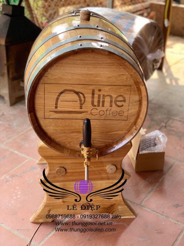 thùng đựng rượu gỗ sồi chân giá cao