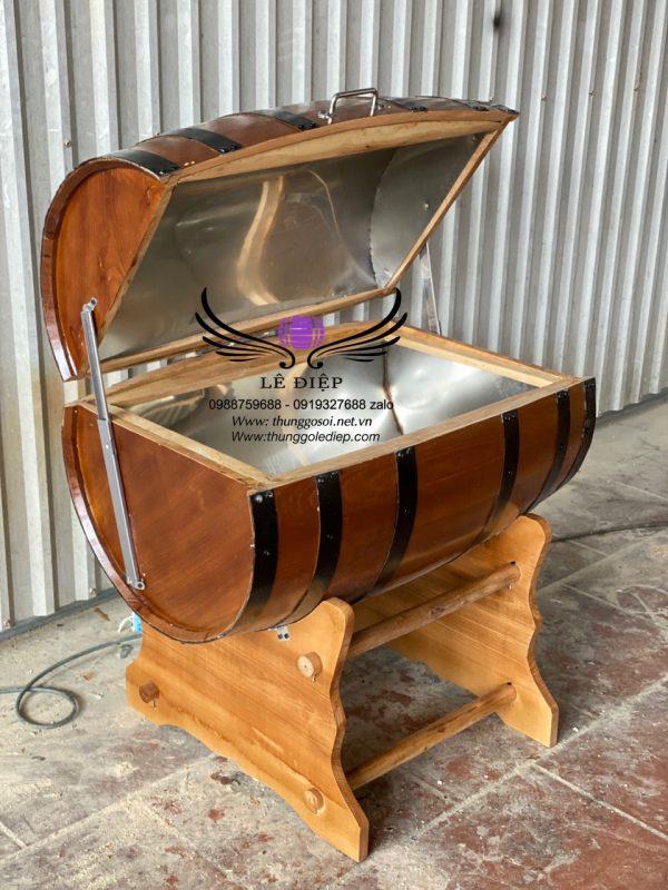 thùng gỗ ướp rượu