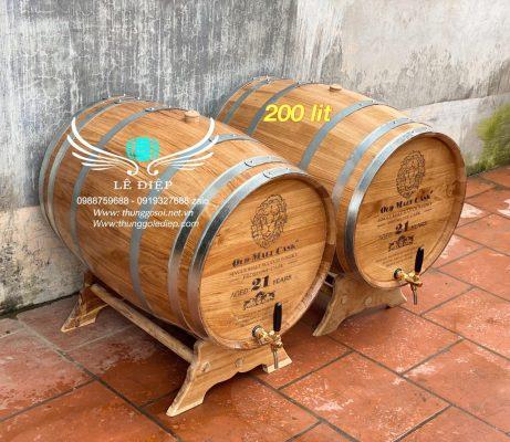thùng rượu gỗ sồi 200 lit