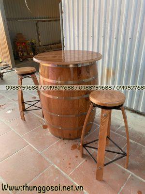 thùng rượu gỗ thông