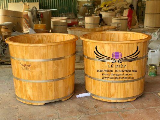 thùng tắm gỗ thông bo viền